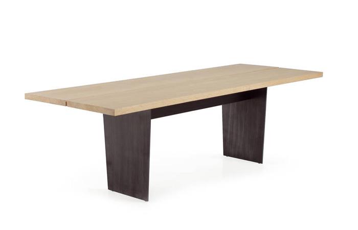 Mesa comedor en madera blanqueada